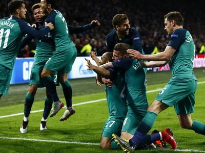 Obrovská radosť hráčov Tottenhamu