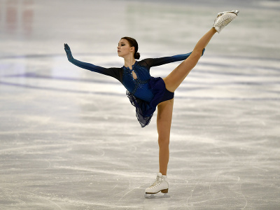 Ruska Anna Ščerbakovová vystupuje