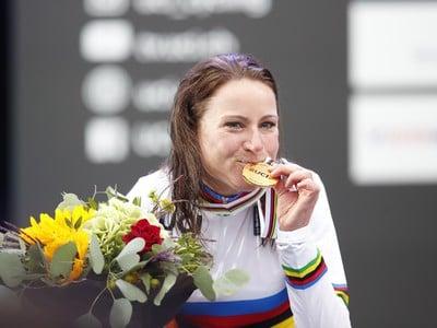 Annemiek van Vluetenová