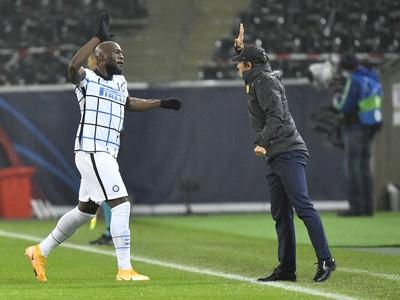 Romelu Lukaku a tréner Interu Antonio Conte