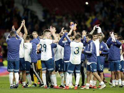 Hráči Argentíny ďakujú fanúšikom