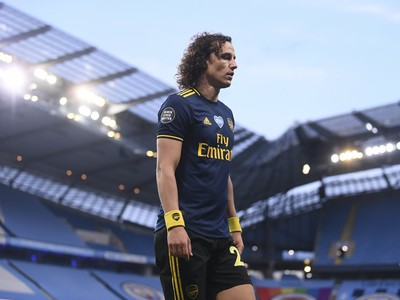 David Luiz opúšťa ihrisko