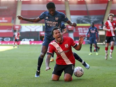 Southampton vyradil kanonierov z FA Cupu