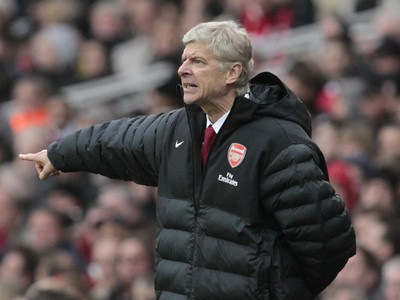Arsene Wenger na lavičke