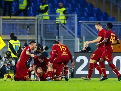 Hráči AS Rím vyšli