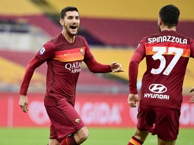 Lorenzo Pellegrini oslavuje gól AS Rím