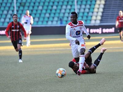 Osman Bukari v drese