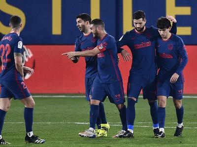 Hráči Atlética oslavujú gól