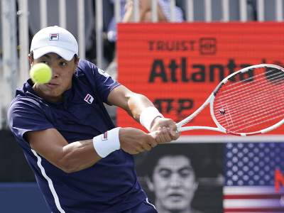 Americký tenista Brandon Nakashima