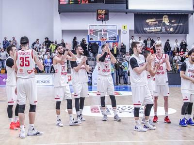 Basketbalisti Nymburku zabojujú o