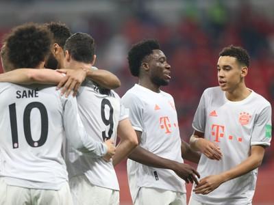 Hráči Bayernu Mníchov oslavujú
