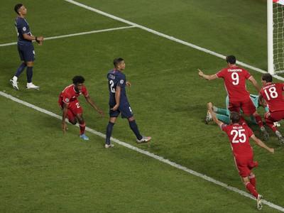 Kingsley Coman tesne po strelení gólu do siete PSG