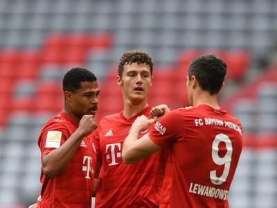 Gólová oslava hráčov Bayernu