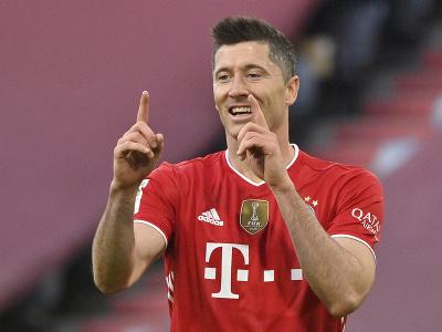 Robert Lewandowski oslavuje gól