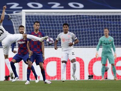Thomas Müller strieľa gól