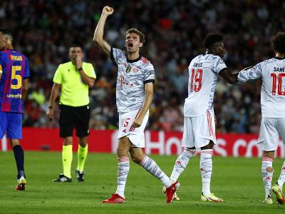 Thomas Müller oslavuje svoj gól do siete Bayernu