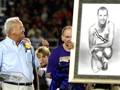 Bobby Joe Morrow (vľavo)