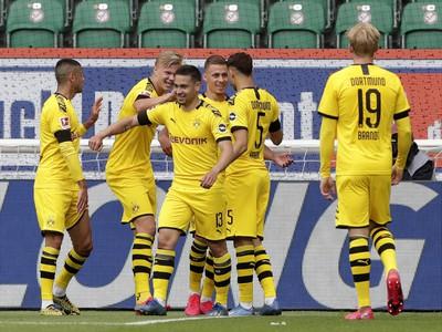 Gólová radosť hráčov BVB