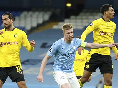 Kevin De Bruyne (uprostred) oslavuje úvodný gól do bránky Dortmundu