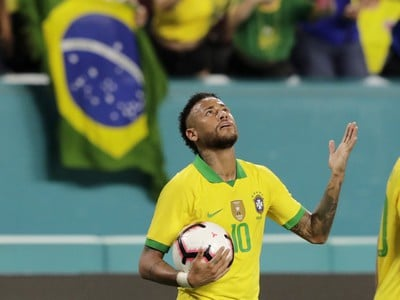 Neymar oslávil návrat gólom
