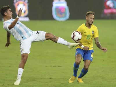 Paulo Dybala a Neymar