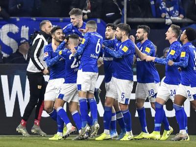 Gólové oslavy hráčov Schalke