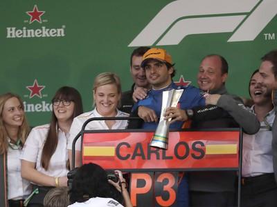 Oslavy Carlosa Sainza s
