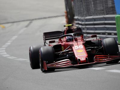 Carlos Sainz na okruhu