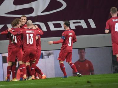 Na snímke radosť českých futbalistov