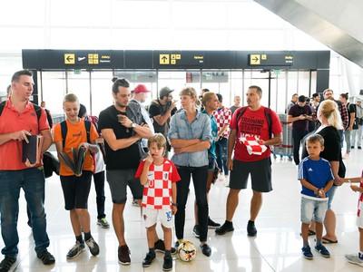 Fanúšikovia čakajú na hráčov Chorvátska