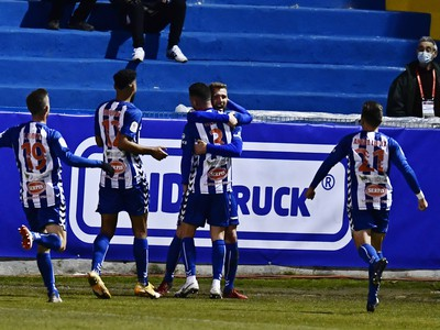 Futbalisti Alcoyana sa tešia z gólu