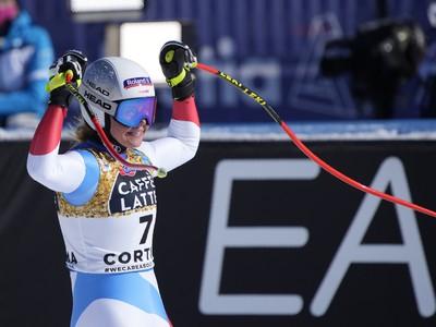 Corinne Suterová