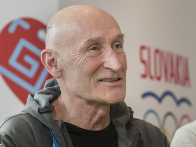 Tréner slovenských hokejistov Craig
