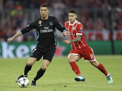 Cristiano Ronaldo a James