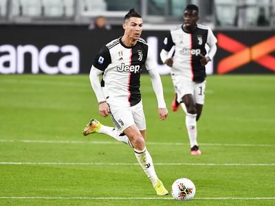 Cristiano Ronaldo v službách