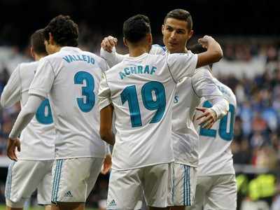 Cristiano Ronaldo so spoluhráčmi