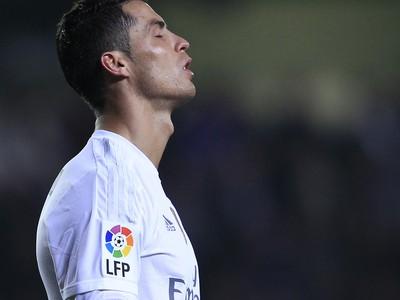 Cristiano Ronaldo v reakcii na premárnenú šancu na gól
