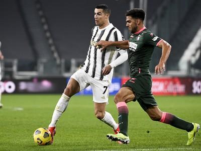 Cristiano Ronaldo a Lisandro Magallan