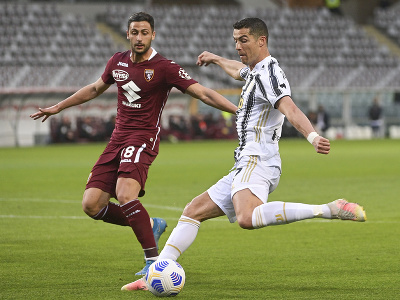 Rolando Mandragora a Cristiano Ronaldo