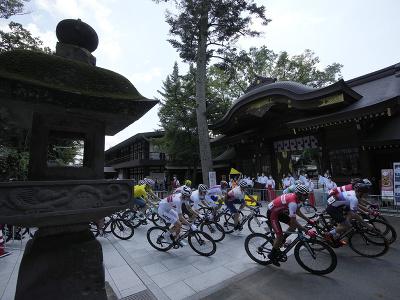 Juraj Sagan v pretekoch s hromadným štartom počas XXXII. letných olympijských hier v Tokiu
