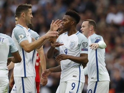 Daniel Sturridge oslavuje gól