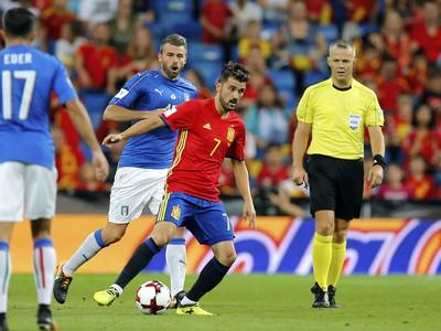 David Villa preniká defenzívou