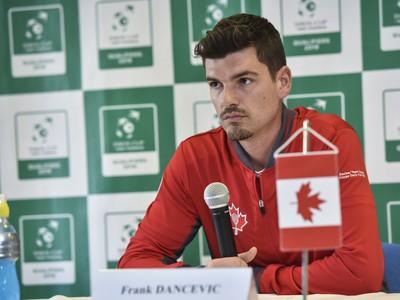 Kapitán daviscupového tímu Kanady Frank Dancevic
