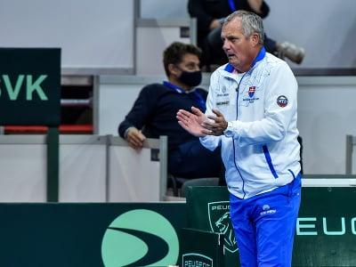 Nehrajúci kapitán slovenského daviscupového tímu Tibor Tóth