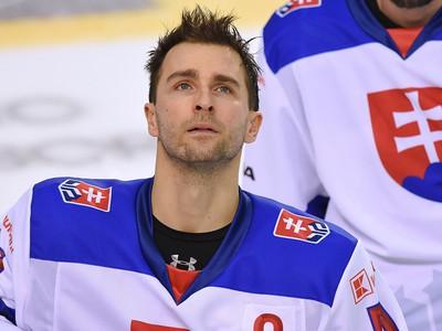 Na snímke hráč Slovenska Dominik Graňák počas zápasu hokejového turnaja Kaufland cup