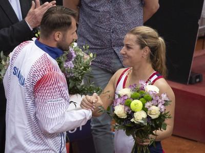 Matej Lipták ďakuje Dominike Cibulkovej za jej reprezentačnú kariéru