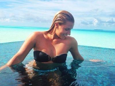 Dominika Cibulková si so snúbencom Michalom Navarom užíva zaslúžený oddych na Maldivach.