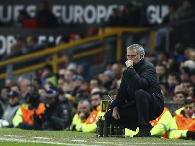 José Mourinho na lavičke