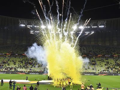 Oslavy hráčov Villarrealu po zisku trofeje Európskej ligy