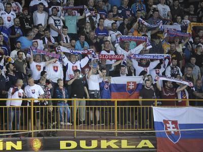 Fanúšikovia Slovenska na Štadioné